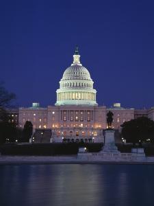 Illuminated Capitol at night, Washington D.C. by Murat Taner