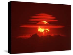 Mushroom Cloud from the World's First Hydrogen Fusion Blast