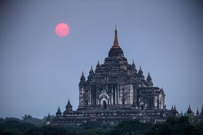 Myanmar, Bagan. Sunset on Thatbyinnyu Temple-Jaynes Gallery-Photographic Print