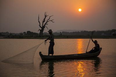 Myanmar, Mandalay, Amarapura. Fishermen on Irrawaddy River-Jaynes Gallery-Photographic Print