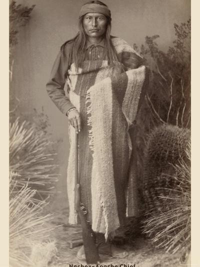 Nachez- Apache Chief--Photo