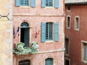 Roussillon, Provence, France by Nadia Isakova