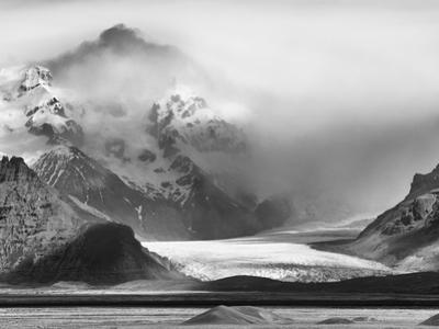 Skaftafell National Park, Iceland by Nadia Isakova