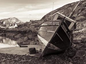 Stockinish Harbour on the Isle of Harris, Hebrides, Scotland, UK by Nadia Isakova