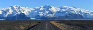Vatnajokull Glacier_Panorama_Iceland by Nanut Bovorn