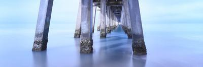 https://imgc.artprintimages.com/img/print/naples-pier-morning_u-l-q10pghv0.jpg?p=0
