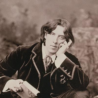 Portrait of Oscar Wilde (1854-1900), 1882 (B/W Photo) (Detail of 87436)