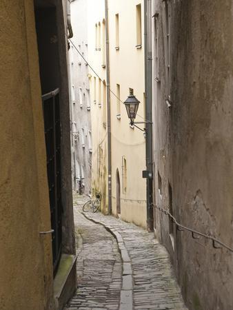 https://imgc.artprintimages.com/img/print/narrow-street-in-passau-germany_u-l-phaa1p0.jpg?p=0