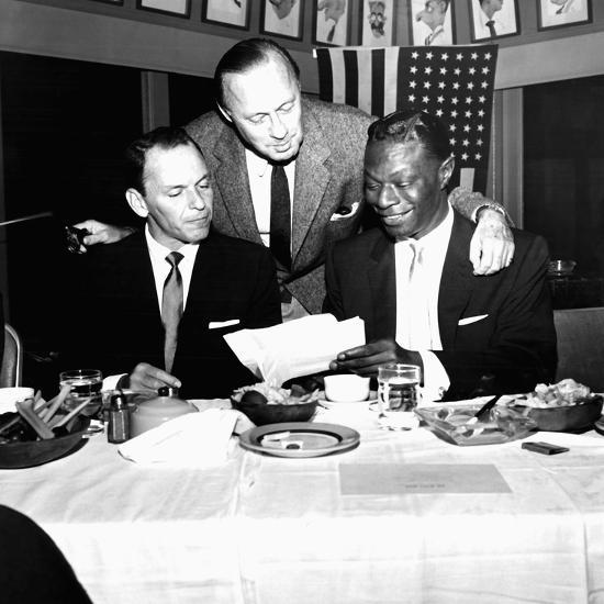 Nat King Cole - 1957-Howard Morehead-Photographic Print