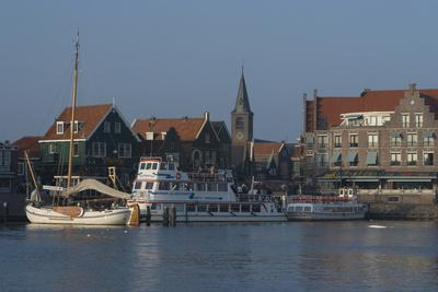 Harbour View, Volendam