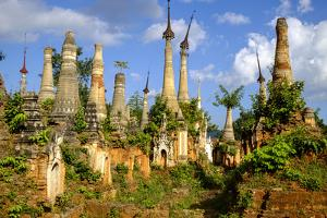 Inthein (Indein), Paya Shwe Inn Thein, Group of Stupas Dated 17th to 18th Century by Nathalie Cuvelier