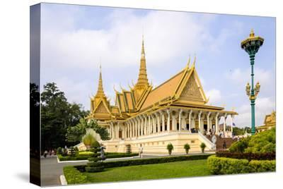 Royal Palace, Built in 1860, Phnom Penh, Cambodia, Indochina, Southeast Asia, Asia