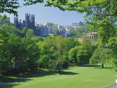 National Gallery and Princes Street Gardens, Edinburgh, Lothian, Scotland, UK, Europe-Peter Scholey-Photographic Print