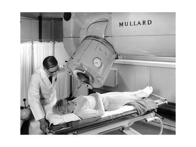 Radiotherapy Machine, 1967