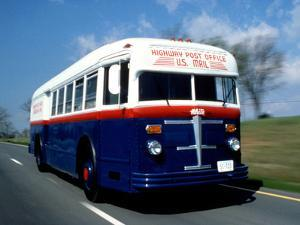 National Postal Museum: Highway Post Office Bus
