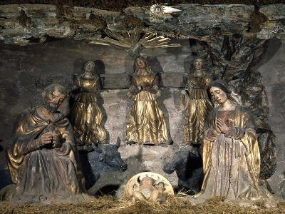 Nativity, 16th Century, Nativity Scene with Polychrome Terracotta Figurines by Potters from Abruzzi--Giclee Print
