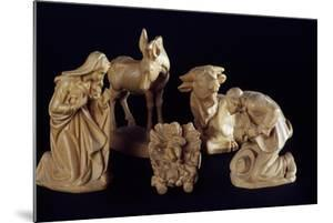 Nativity of Jesus, Nativity Figurines in Carved Wood, Italy