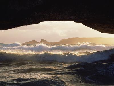 https://imgc.artprintimages.com/img/print/natural-bridge-formation-northeast-shore-aruba-island-southern-caribbean_u-l-peuma20.jpg?p=0