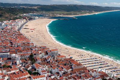 Nazare, Portugal-Susan Degginger-Photographic Print