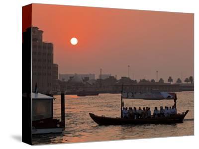 Abra Water Taxi, Dubai Creek at Sunset, Bur Dubai, Dubai, United Arab Emirates, Middle East