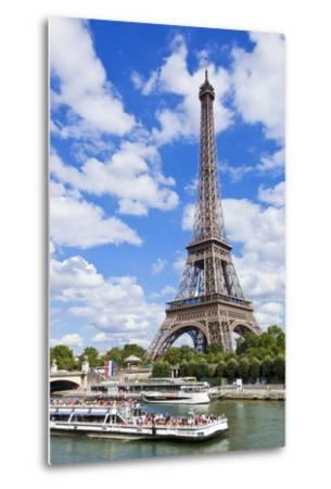 Bateaux Mouches Tour Boat on River Seine Passing the Eiffel Tower, Paris, France, Europe