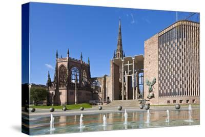 Coventry Old Cathedral Shell and New Modern Cathedral, Coventry, West Midlands, England, UK