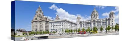 Pierhead Three Graces Buildings, Liverpool Waterfront, UNESCO Site, Liverpool, England, UK