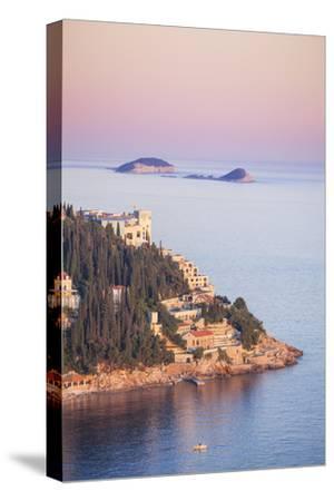 Sunset on the Dalmatian Coast with Otok Bobara and Mrkan islands, Dubrovnik Riviera, Dubrovnik, Cro
