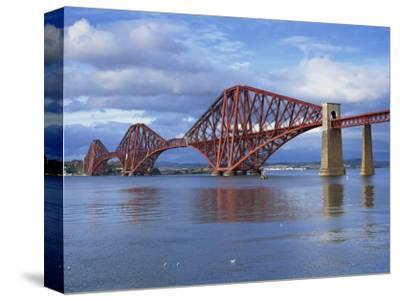 Forth Railway Bridge, Queensferry, Near Edinburgh, Lothian, Scotland, United Kingdom, Europe
