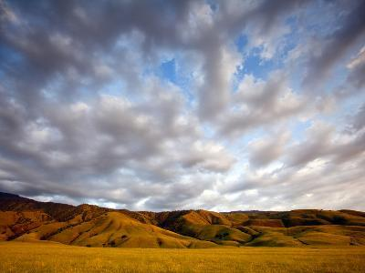 Near Caliente, California: Sunset on the Northern Most Edge of the Tejon Ranch at Sunset.-Ian Shive-Photographic Print