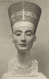 Nefertiti, Head On