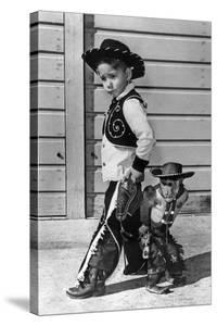 Neg:64518Pl Un Jeune Cow Boy Et Le Singe Savant Au Far West Le 27 Septembre 1960