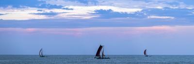 https://imgc.artprintimages.com/img/print/negombo-traditional-outrigger-fishing-boats-oruva-returning-to-negombo-fishing-market-sri-lanka_u-l-po6fxl0.jpg?p=0