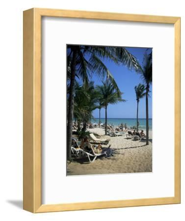 Tourists on the Beach, Playa Del Carmen, Mayan Riviera, Mexico, North America