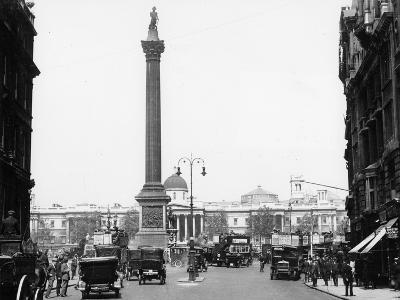 Nelson's Column, Trafalgar Square, London, 1920--Photographic Print