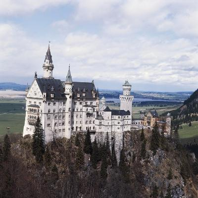 Neuschwanstein Castle--Photographic Print