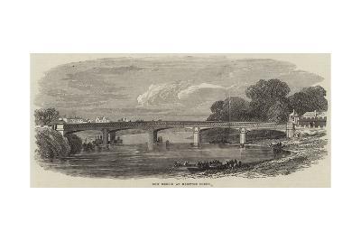 New Bridge at Hampton Court--Giclee Print