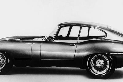 https://imgc.artprintimages.com/img/print/new-jaguar-car-will-be-presented-for-the-first-time-in-geneva-car-fair-march-16-1961_u-l-pwgmdi0.jpg?p=0