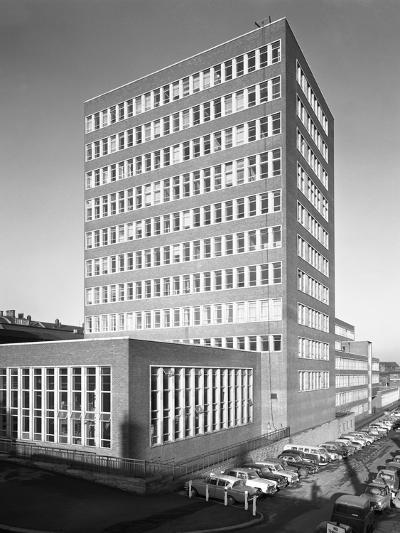 New Metallurgy Block Shortly after Completion, Sheffield University, South Yorkshire, 1966-Michael Walters-Photographic Print