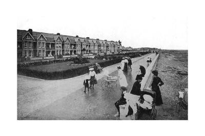 New Parade, East Worthing, West Sussex, Early 20th Century--Giclee Print