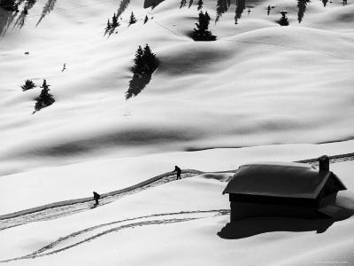 New Ski Resort-Loomis Dean-Photographic Print