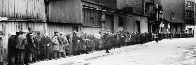 New York City: Bread Line--Photographic Print
