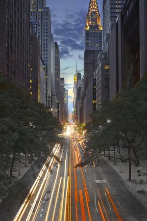 https://imgc.artprintimages.com/img/print/new-york-city-empire-state-building_u-l-q10pnd10.jpg?p=0