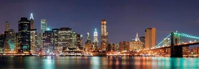 https://imgc.artprintimages.com/img/print/new-york-city-manhattan-skyline-panorama-with-brooklyn-bridge-at-night_u-l-f5nefr0.jpg?p=0