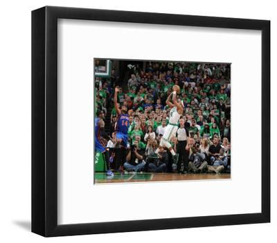 New York Knicks v Boston Celtics - Game One, Boston, MA - April 17: Paul Pierce and Ronny Turiaf