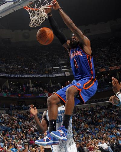 New York Knicks v New Orleans Hornets: Amar'e Stoudemire-Layne Murdoch-Photo