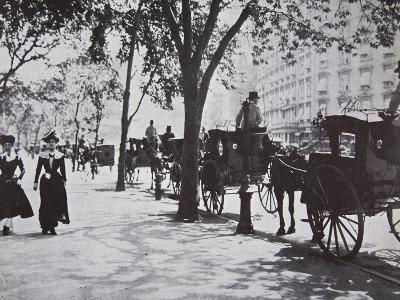 New York Sidewalk, Early 1900s--Photographic Print
