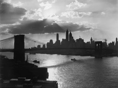 New York Silhouette-Hulton Archive-Photographic Print