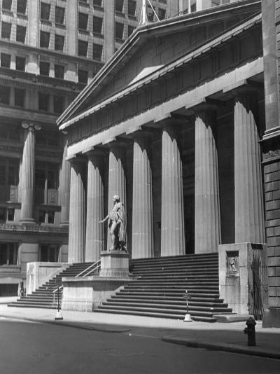 New York, Wall Street, Federal Building-George Marks-Photographic Print