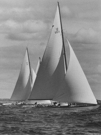 https://imgc.artprintimages.com/img/print/new-york-yacht-club-races_u-l-p3q3mx0.jpg?artPerspective=n